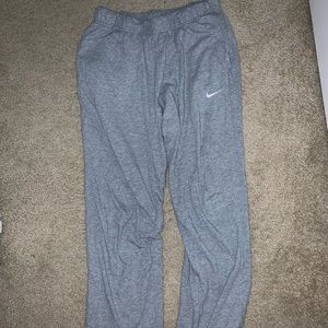 Nike sweats size L